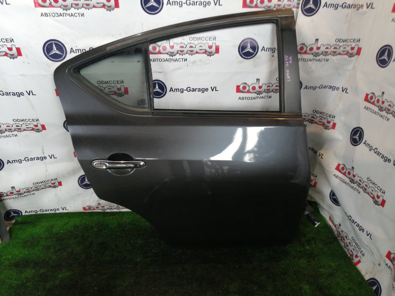 Дверь Nissan Latio N17 HR12 2014 задняя правая