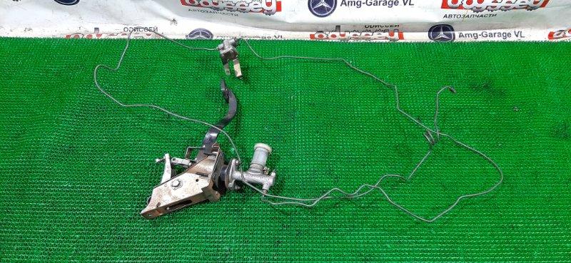 Педаль сцепления Mitsubishi Pajero V73W 6G72-NJ8623 2001