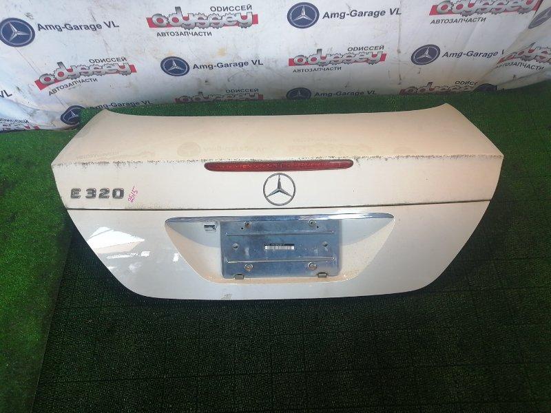 Крышка багажника Mercedes E320 WDB211 112949 2003
