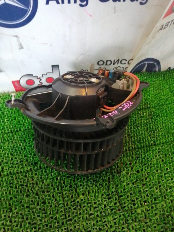 Мотор печки Mercedes E320 WDB211 112949 2004