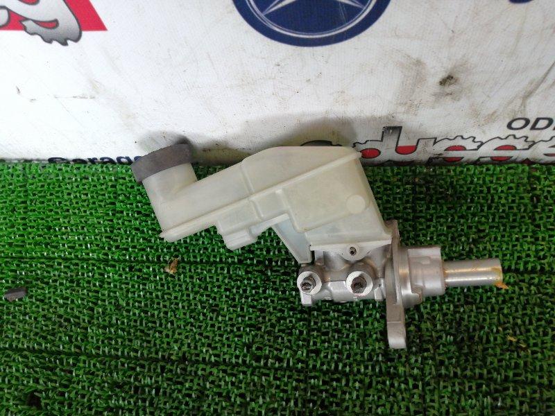 Главный тормозной цилиндр Toyota Belta NCP96 2NZ-FE 2007