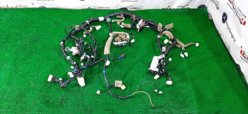 Коса салона Nissan Xtrail NT32 MR20DD-626122B 2014