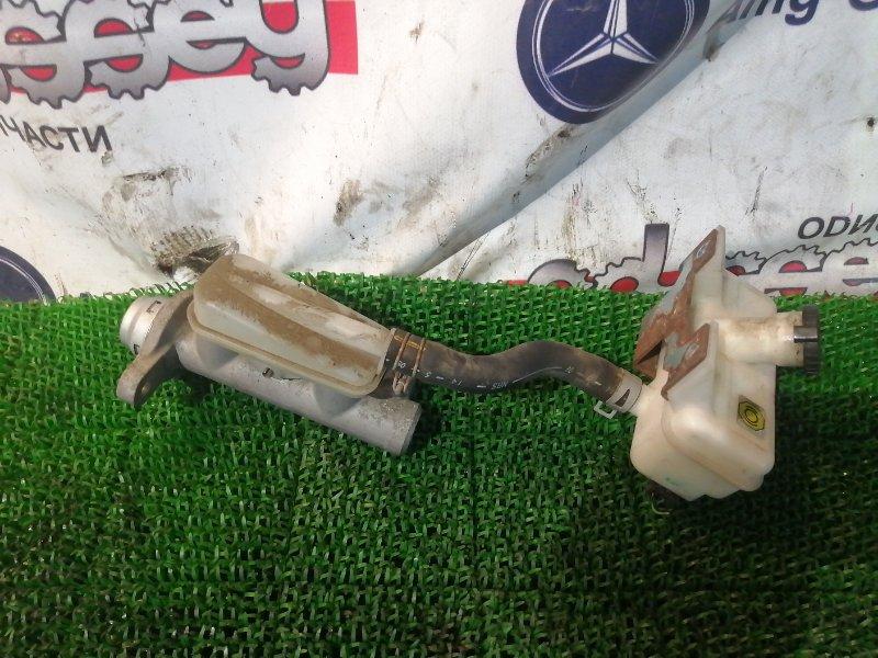 Главный тормозной цилиндр Nissan Nv 200 VM20 HR16DE 2010