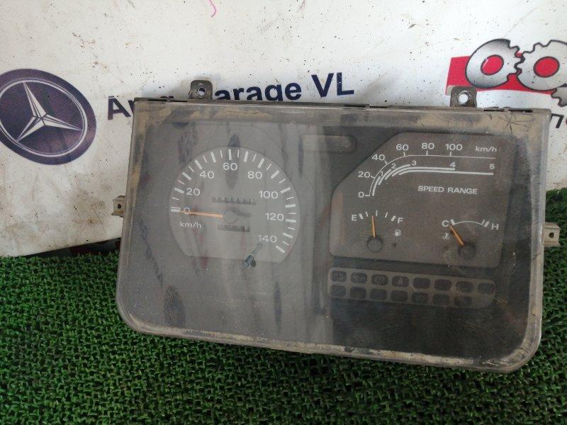 Панель приборов Nissan Atlas K2F23-000973 NA20 1993