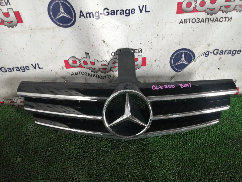 Решетка радиатора Mercedes Clk200 WDB209 271.940 2006