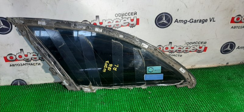 Стекло собачника Mercedes C32 Amg W203 112961 60 002787 2001 заднее левое