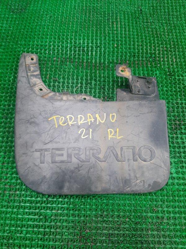 Брызговик Nissan Terrano WHYD21 задний левый