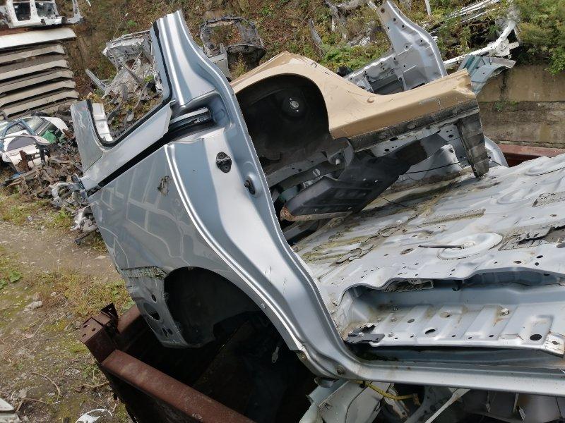 Крыло Toyota Noah ZRR75 3ZR заднее правое