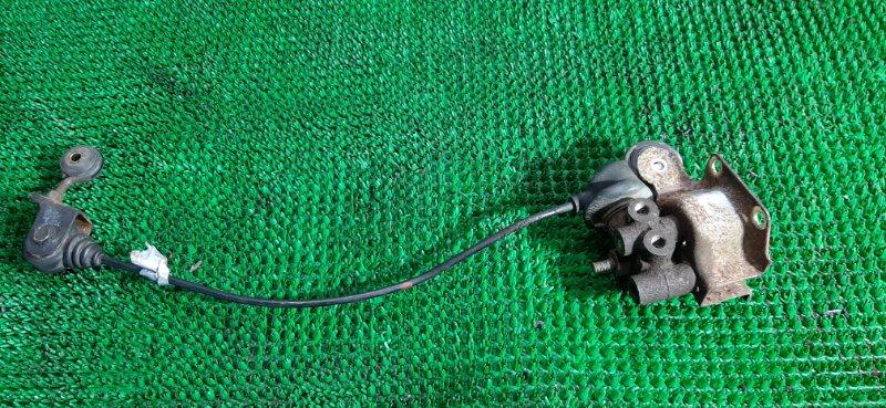 Распределитель тормозной Mitsubishi Canter FE516BC 4D36-C76366 1998
