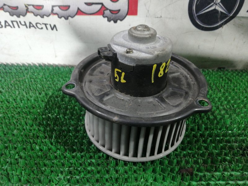 Мотор печки Mazda Bongo Brawny SK56M WL-476256 2003