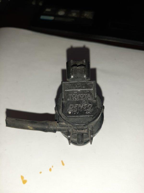 Мотор бачка омывателя Toyota Wish ANE11