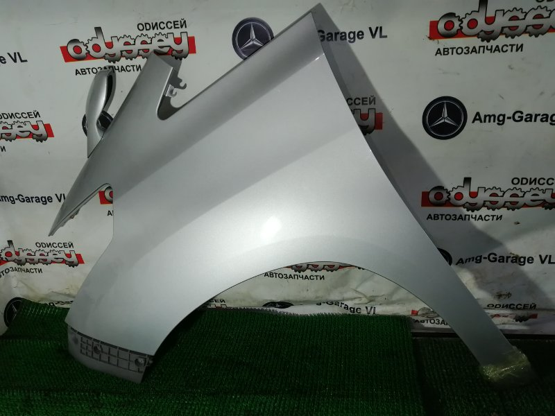 Крыло Toyota Alphard ANH25-8013509 2AZ-FE 2009 переднее левое