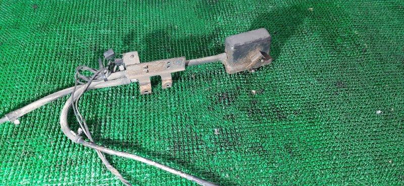 Электромагнитный клапан Isuzu Elf NKR71 4HG1 1995