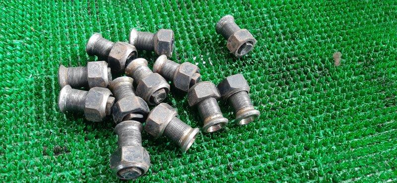 Гайки колесные комплект Isuzu Elf NKR71 4HG1 1995