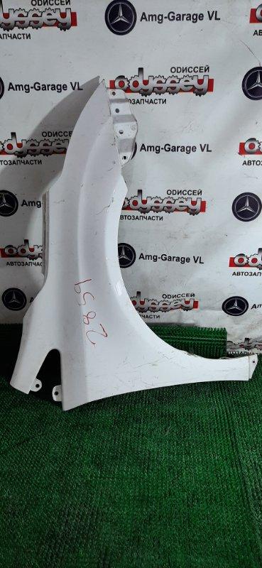 Крыло Toyota Avensis ZRT272 3ZRFAE 2011.07 переднее правое
