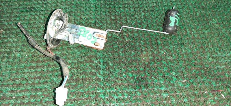 Датчик уровня топлива Toyota Town Ace Noah KR52 7K-E 2004