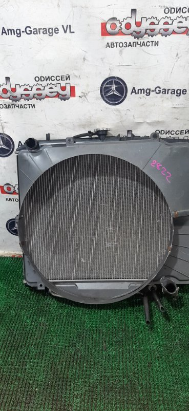 Радиатор Isuzu Bighorn UBS26GW-7200757 6VE1 1999