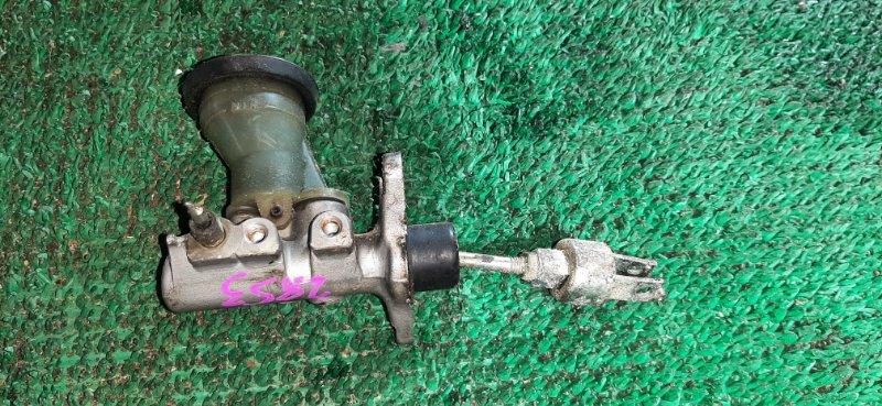 Главный цилиндр сцепления Toyota Hilux Surf LN130-0074432 2LTE 1991.09