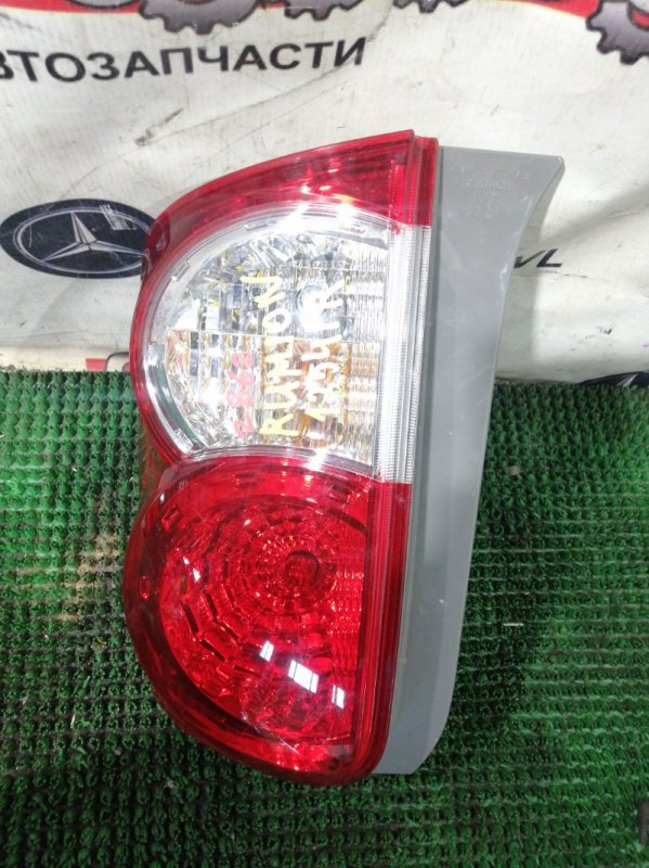 Стоп Toyota Corolla Rumion ZRE154 2ZRFE 2008.02 правый