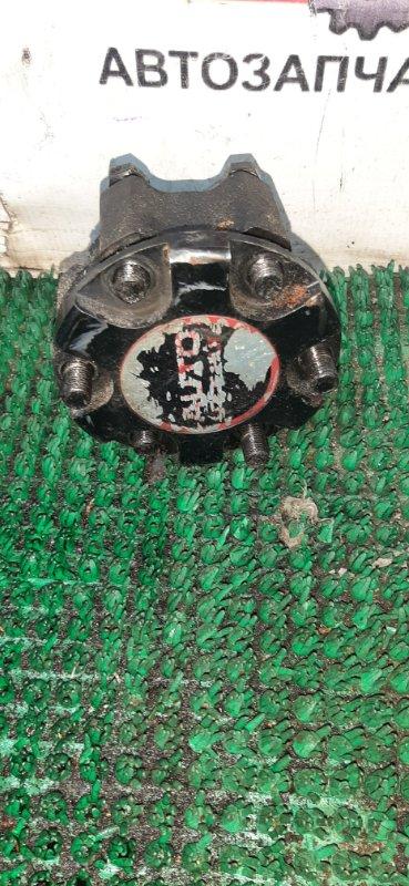 Локи Isuzu Bighorn UBS69DW 4JG2 1992 передние