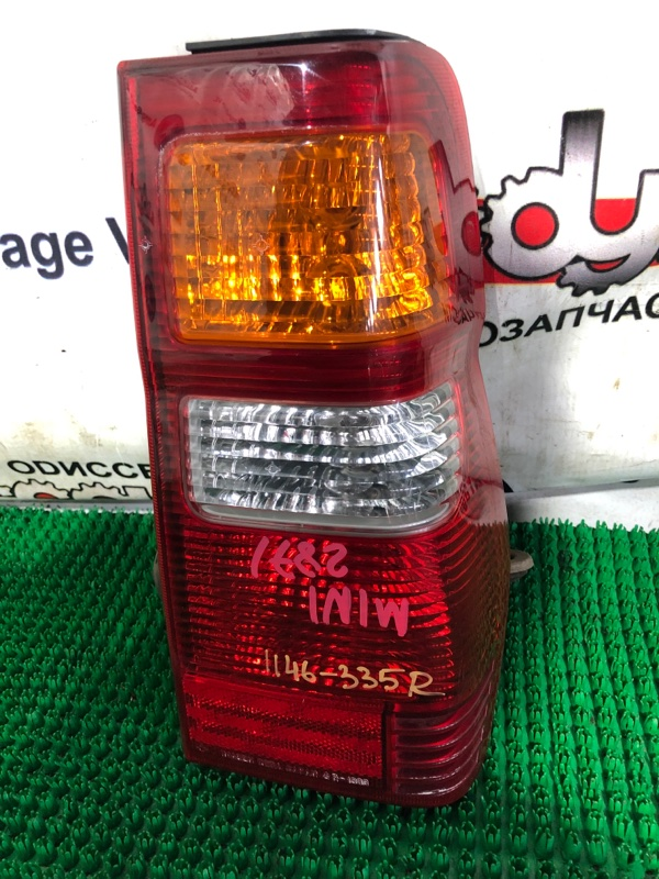 Стоп Mitsubishi Pajero Mini H58A 4A30-T 2001 задний правый