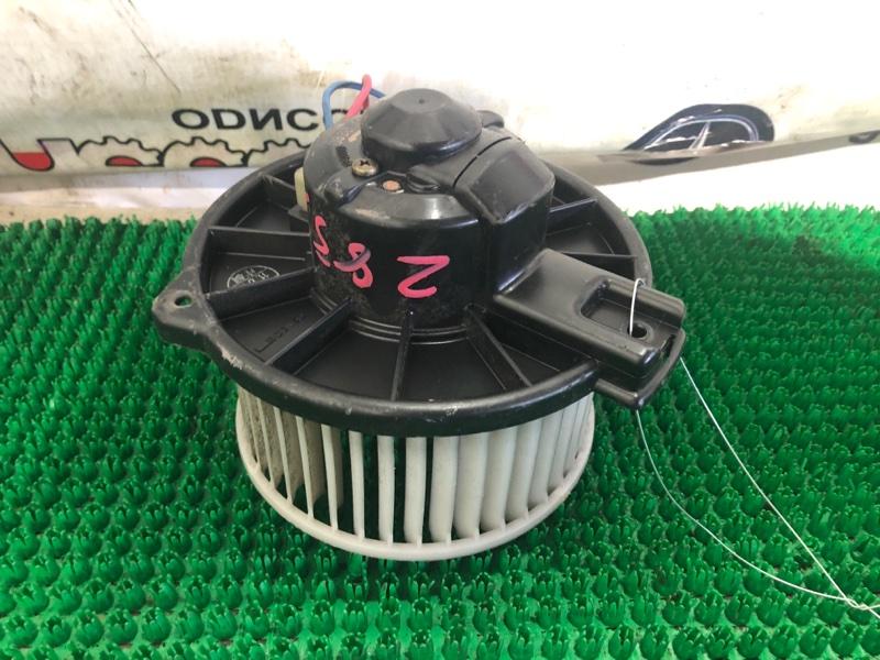 Мотор печки Toyota Hilux Surf LN130-0074432 2LTE 1991.09