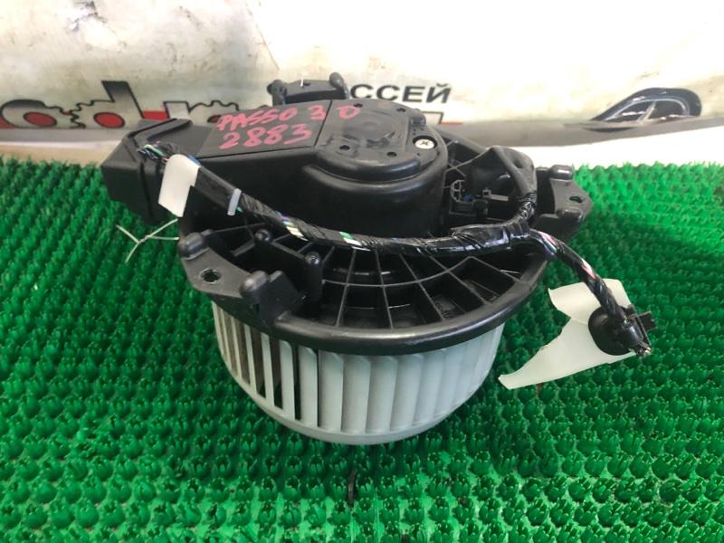 Мотор печки Toyota Passo KGC30 1KR-FE 2010