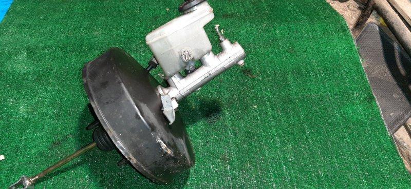 Главный тормозной цилиндр Toyota Granvia KCH16 1KZ-TE 1997