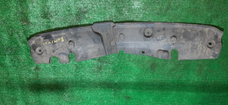 Пластм. защита над радиатором Toyota Corolla Rumion ZRE152 2ZR-FE