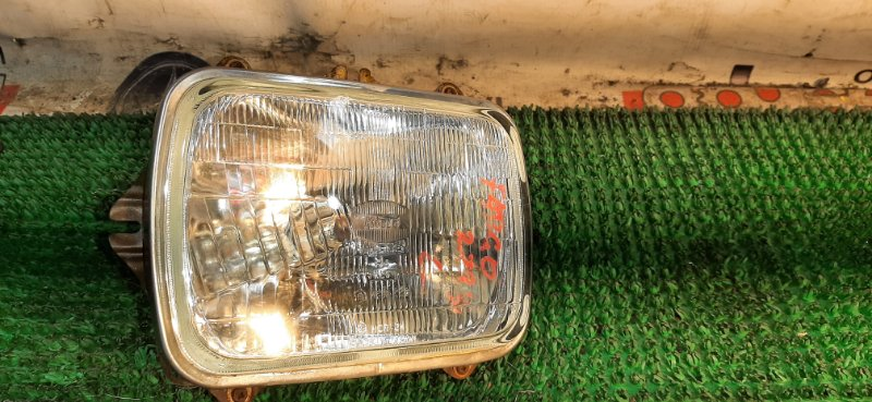 Фара Isuzu Fargo NFS62DT 4FG1 1991 левая
