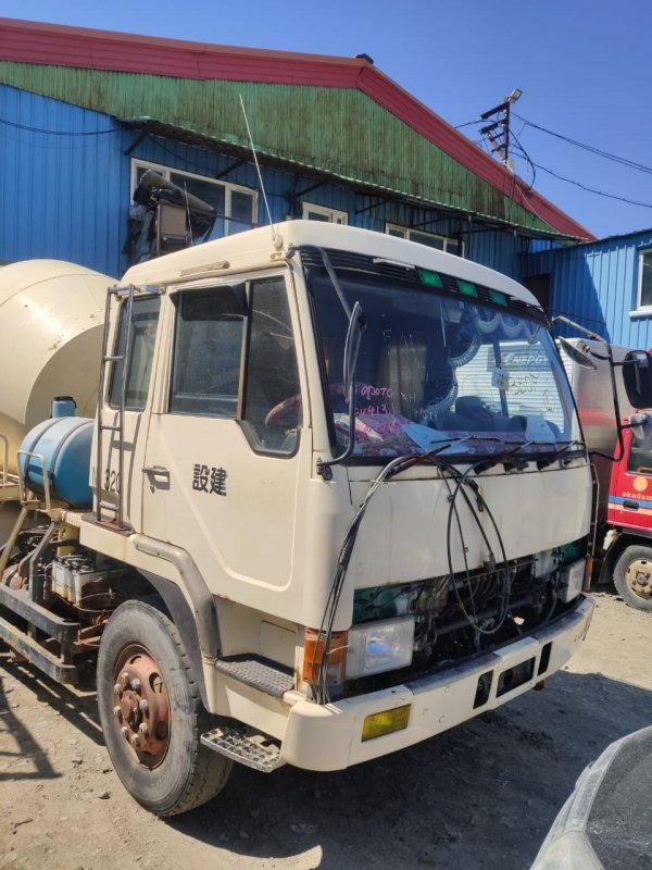 Кабина Mitsubishi Fuso Great FV413J-520421 8DC8 1989
