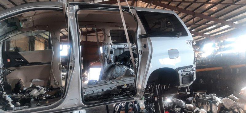 Rear cut Toyota Alphard ANH25-8013509 2AZ-FE 2009