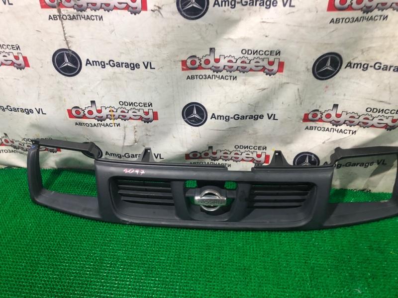 Решетка радиатора Nissan Datsun RMD22 QD32 2001