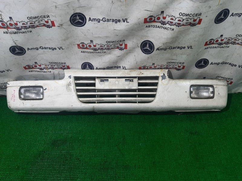 Бампер Nissan Atlas R4F23 QD32 2000 передний