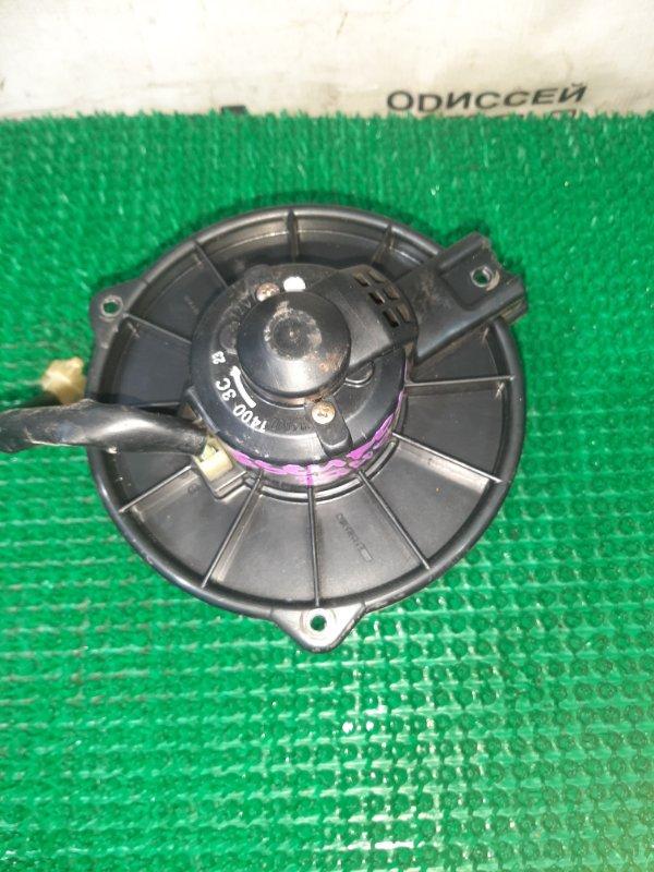 Мотор печки Suzuki Escudo TD62W H25A 2001