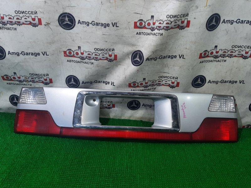 Накладка на дверь Mazda Bongo Friendee SGLR WL 2000 задняя