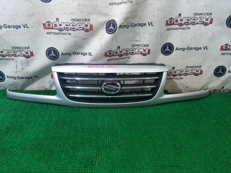 Решетка радиатора Suzuki Escudo TD62W H25A 2001