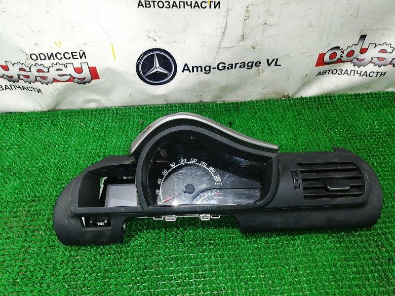 Консоль панели приборов Toyota Iq KGJ10 1KR-FE 2010