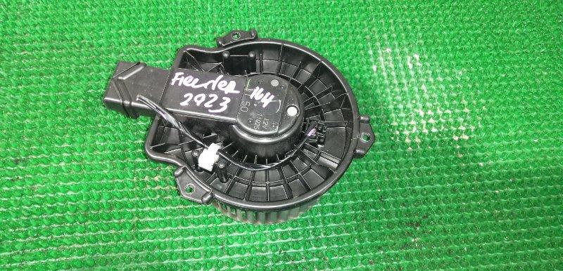 Мотор печки Toyota Corolla Fielder NZE164 1NZ-FE 2013