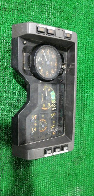 Панель приборов Mitsubishi Fuso Great FV413J 8DC82AZF4440 1989