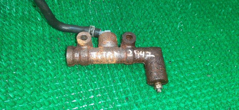 Главный цилиндр сцепления Mazda Titan WEFAT HA 1989