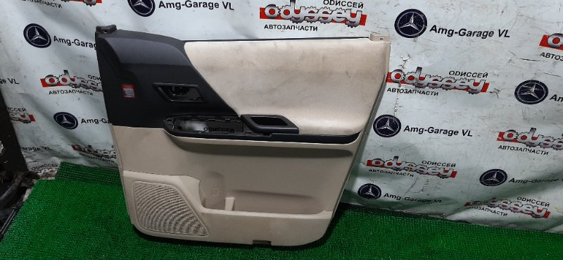 Обшивка дверей Toyota Alphard ANH25-8013509 2AZ-FE 2009 передняя правая