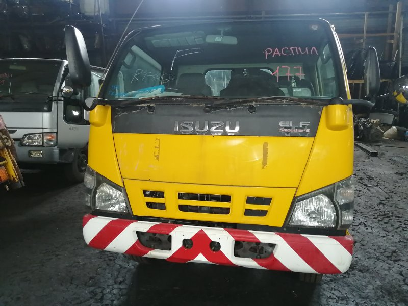 Кабина Isuzu Elf NKR81 4HL1- 2006