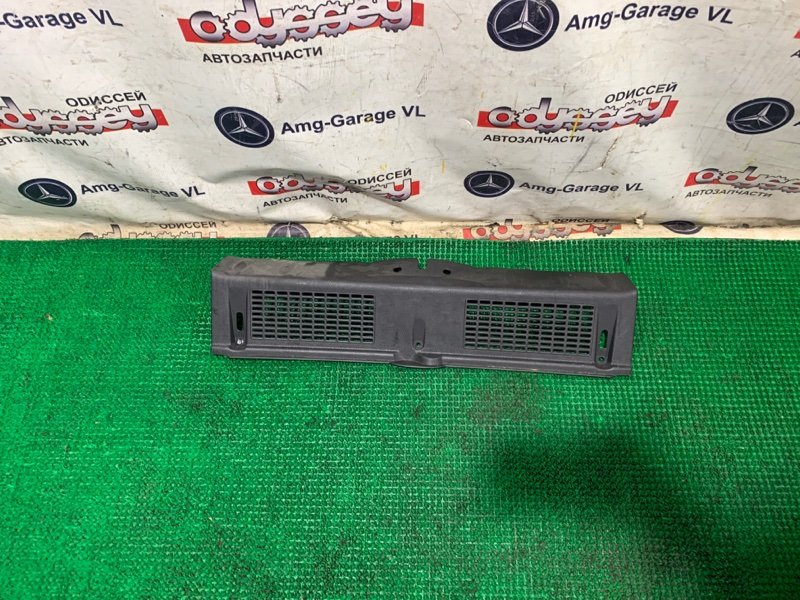 Пластик замка багажника Bmw Mini Cooper S WMWMF720301 N14B16A 2008