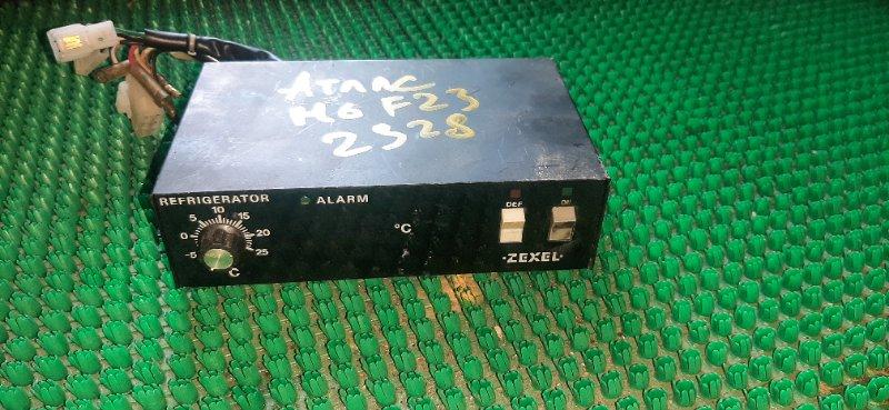 Блок управления реф. установкой Nissan Atlas M6F23-010790 TD23-139465 1994