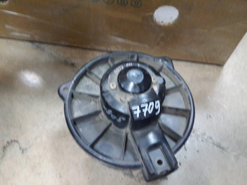 Мотор печки Mitsubishi Dion CR6W