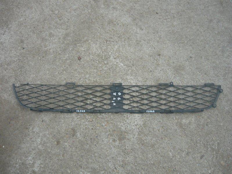 Решетка бамперная Toyota Vitz NCP90