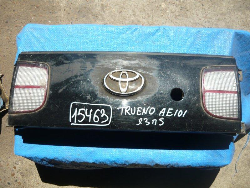 Вставка между стопов Toyota Sprinter Trueno AE101