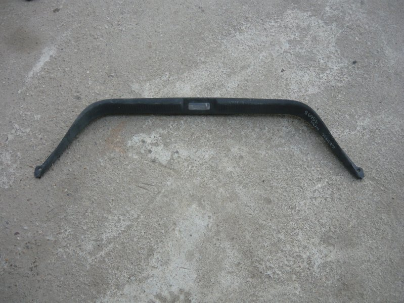 Накладка замка багажника Nissan Cedric HY34