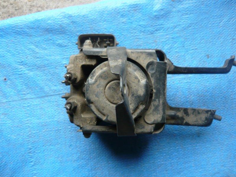 Блок abs Toyota Mark Ii GX110 1JZ
